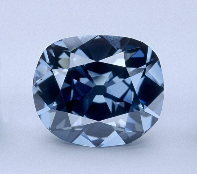 Chiêm ngưỡng 10 viên kim cương đắt nhất thế giới - Ảnh 3.
