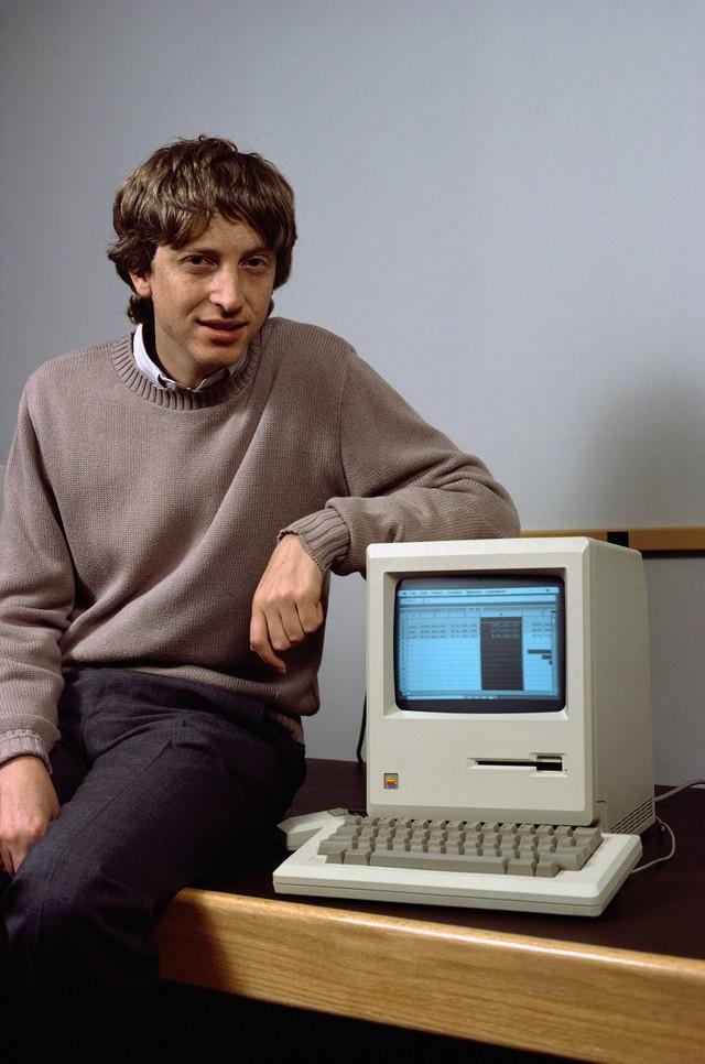 Sinh nhật Bill Gates, cùng nhìn lại tuổi trẻ hết mình của ông: Hack hệ thống để được học lớp có nhiều nữ, bị bắt vì lái xe không giấy phép, hối tiếc nhất là lười học ngoại ngữ - Ảnh 2.