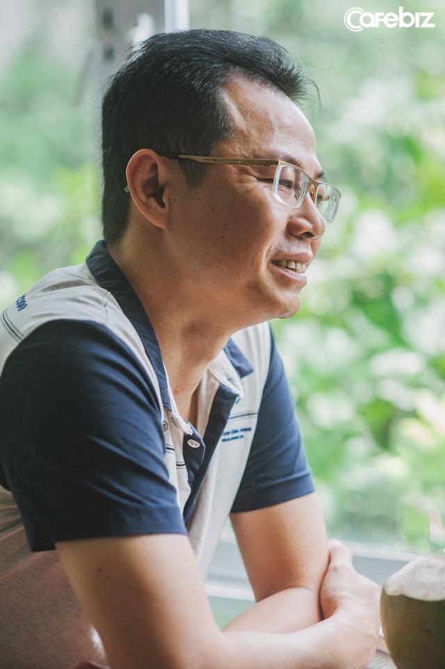 11 năm chiến đấu với ung thư gan, bác sĩ Nguyễn Lê: Nhiều người Việt sẵn sàng bỏ bạc triệu để ăn nhậu, chơi bời nhưng bảo đi khám bệnh định kỳ lại kêu không có thời gian, tốn tiền - Ảnh 1.