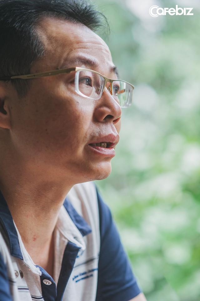 11 năm chiến đấu với ung thư gan, bác sĩ Nguyễn Lê: Nhiều người Việt sẵn sàng bỏ bạc triệu để ăn nhậu, chơi bời nhưng bảo đi khám bệnh định kỳ lại kêu không có thời gian, tốn tiền - Ảnh 7.