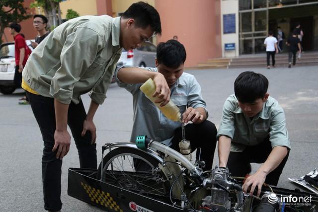 """made in việt nam - photo 11 15700699815681851464720 - Tự hào chiếc xe """"Made in Việt Nam"""", chạy hơn 1.000 km chỉ tốn một lít xăng"""