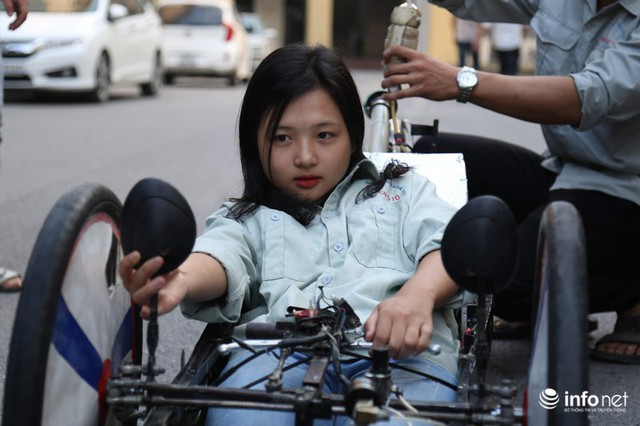 """made in việt nam - photo 12 15700699815711513649775 - Tự hào chiếc xe """"Made in Việt Nam"""", chạy hơn 1.000 km chỉ tốn một lít xăng"""