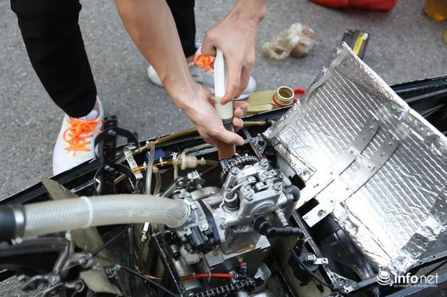 """made in việt nam - photo 3 1570069981544654351796 - Tự hào chiếc xe """"Made in Việt Nam"""", chạy hơn 1.000 km chỉ tốn một lít xăng"""
