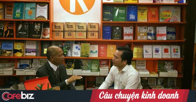 CEO Thái Hà Books: Người có tố chất lãnh đạo là người vượt qua khủng hoảng và chịu được cô đơn, bạn muốn làm Đại bàng vượt bão đi lên hay chỉ là Kền kền ăn xác chết để sống? - Ảnh 3.
