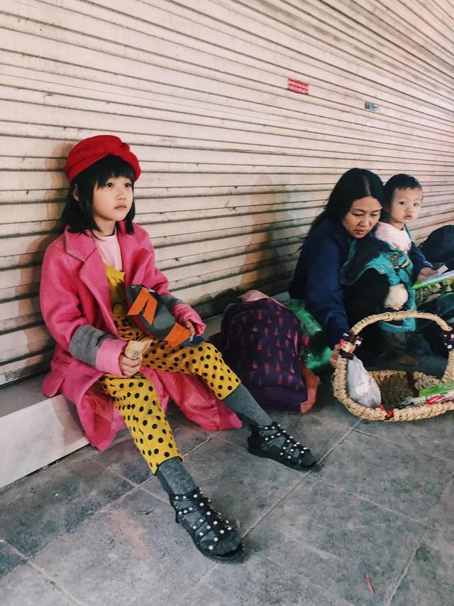 Hành trình vươn tới ước mơ từ em bé vô gia cư đến những bước tỏa sáng trên sàn catwalk chứng minh: Cổ tích đời thực là có thật! - Ảnh 2.