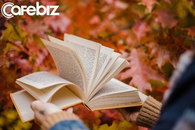 1 năm đọc 200 cuốn sách nhưng chẳng thấy được tác dụng gì: Cuộc sống không phải cha mẹ, không vì bạn tích cực làm một việc gì đó mà ban thưởng lại cho bạn - Ảnh 1.