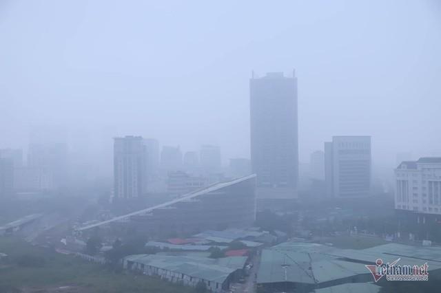 Sương mù giăng phủ Hà Nội, cao ốc mất hút - Ảnh 14.
