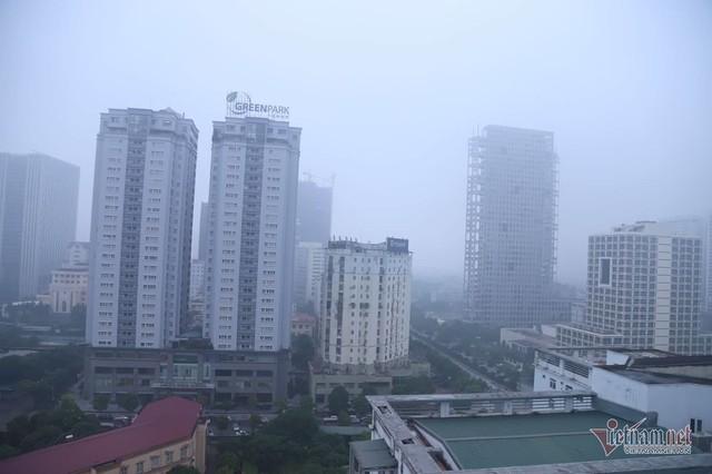 Sương mù giăng phủ Hà Nội, cao ốc mất hút - Ảnh 15.