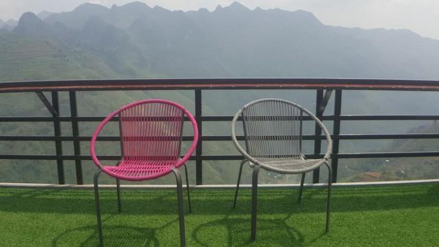 Dân phượt nói về khách sạn 7 tầng trên đỉnh Mã Pì Lèng: Dù có tiện ích thế nào thì chúng tôi cũng không dừng chân hay check in ở đây - Ảnh 3.