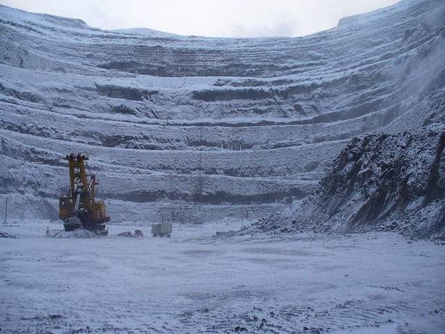 Tận mục mỏ kim cương khổng lồ đủ dùng trong 3.000 năm - Ảnh 4.