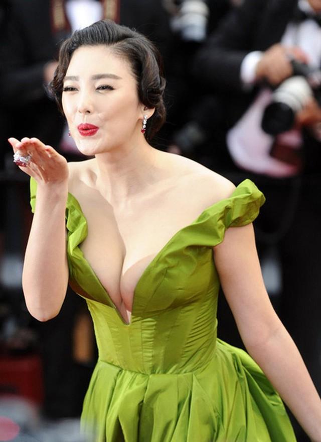 Trương Vũ Kỳ: Kẻ phản bội Châu Tinh Trì, 2 cuộc hôn nhân bị lừa cả tình lẫn tiền và scandal đâm chồng chấn động Cbiz - Ảnh 6.