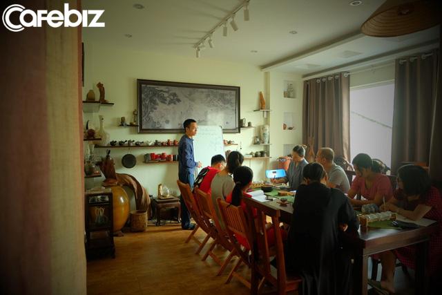 Dành cho tín đồ yêu trà Hà Nội: Ghé thăm quán Trà bà Vân – nơi cung cách thưởng trà truyền thống được gìn giữ và phát huy - Ảnh 1.