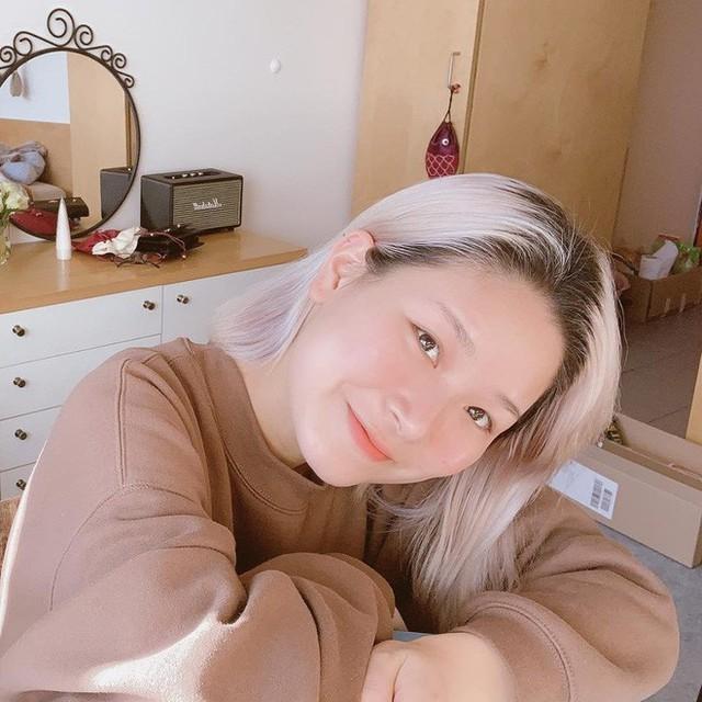 YouTuber Thạch Trang - chủ nhân kênh My20s đang được lòng dân mạng: Năng lượng tích cực chính là thứ câu view - Ảnh 1.