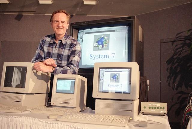 """john sculley - photo 1 15705168110651182968684 - CEO """"tệ"""" nhất lịch sử Apple: Được Steve Jobs đích thân tuyển nhưng lại khiến ông phải ra đi, chiến lược sai lầm và mối quan hệ không thể hàn gắn"""