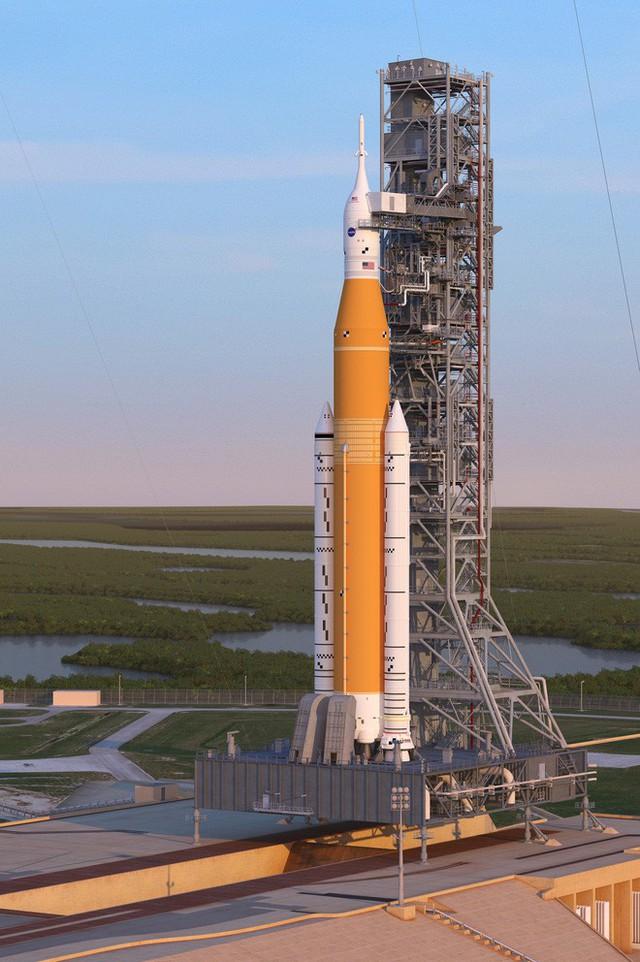 NASA không vừa lòng với màn ra mắt tên lửa mới của SpaceX, cho rằng Elon Musk chưa đỗ ông nghè đã đe hàng tổng - Ảnh 3.