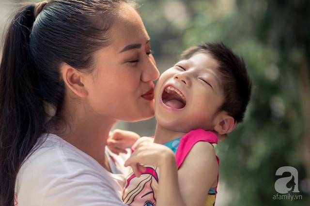 Minh Cúc Về nhà đi con kể về bạn trai từng nghĩ chỉ yêu chơi: Anh ấy muốn làm bố, nhưng tôi không thể sinh con - Ảnh 4.