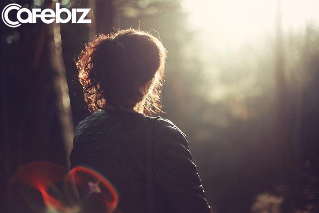 5 dấu hiệu cho thấy bạn đang sống lãng phí: Chưa biết yêu ở độ tuổi 25 là một thiệt thòi lớn! - Ảnh 2.