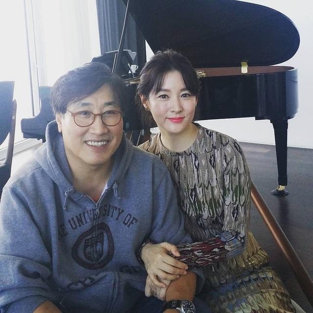 """Dae Jang Geum Lee Young Ae: Từ tượng đài nhan sắc Hàn Quốc tới tin đồn là mẹ chồng """"búp bê xứ Hàn"""" Han Chae Young - Ảnh 14."""