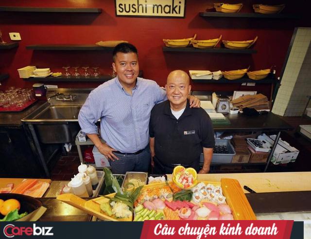 Từ công ty thiếu tiền, phải thiết kế logo bằng phông chữ Microsoft Word đến chuỗi sushi 20 triệu USD: Nhân viên là ông chủ quan trọng nhất! - Ảnh 1.