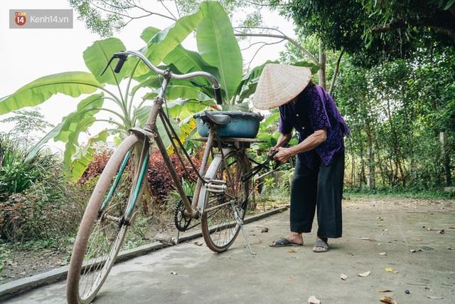 Cuộc sống lạc quan, tự tại của cụ bà đạp xe lên ủy ban xã xin ra khỏi hộ nghèo: 11 đứa con mà tui chưa phải phiền đến đứa mô - Ảnh 11.