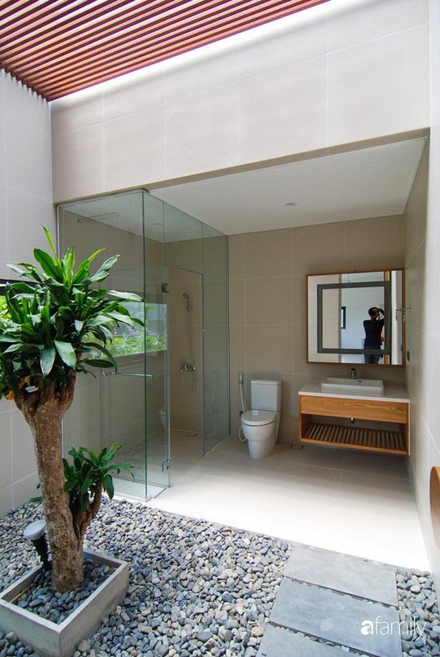 Resort thu nhỏ trong ngôi nhà phố 3 tầng với góc nào cũng có ánh sáng và cây xanh ở TP. HCM - Ảnh 13.
