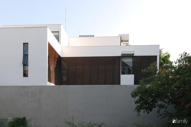 Resort thu nhỏ trong ngôi nhà phố 3 tầng với góc nào cũng có ánh sáng và cây xanh ở TP. HCM - Ảnh 16.