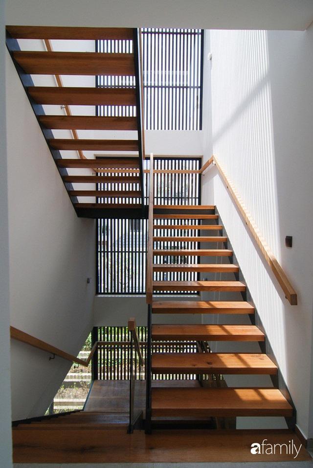 Resort thu nhỏ trong ngôi nhà phố 3 tầng với góc nào cũng có ánh sáng và cây xanh ở TP. HCM - Ảnh 18.