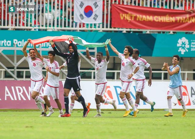 Thầy Park sẽ thắng bằng đúng bài mà di sản của HLV UAE dùng bắt nạt nhà vô địch thế giới - Ảnh 4.