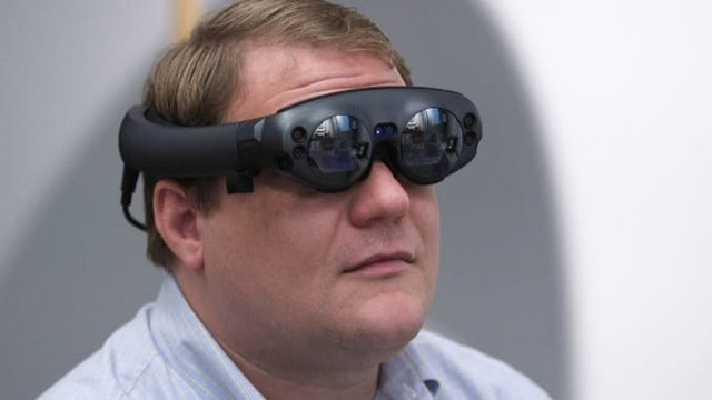 """microsoft, snap, facebook, google, apple, amazon - photo 3 15736956838101066960270 - Microsoft, Snap, Facebook, Google, Apple, Amazon và cuộc đua tới """"thứ có thể thay thế smartphone"""": Chiếc kính"""