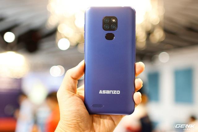 Ra mắt smartphone mới giống hệt smartphone Trung Quốc, Asanzo lý giải ra sao? - Ảnh 1.