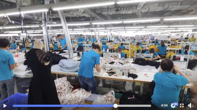 """Trong lúc em trai Nguyễn Vũ Hải Anh và Seven.AM vướng scandal 'cắt mác Tàu, gắn nhãn Việt"""", CEO Ivy Moda liên tiếp đăng video chứng tỏ hướng đi ngược lại của thương hiệu - Ảnh 1."""