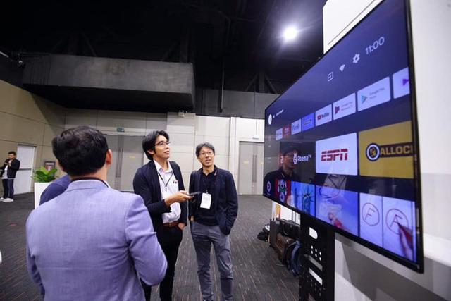 TV Vsmart lộ ảnh thực tế: 55 inch viền mỏng, chạy Android TV, làm bởi người Việt - Ảnh 2.