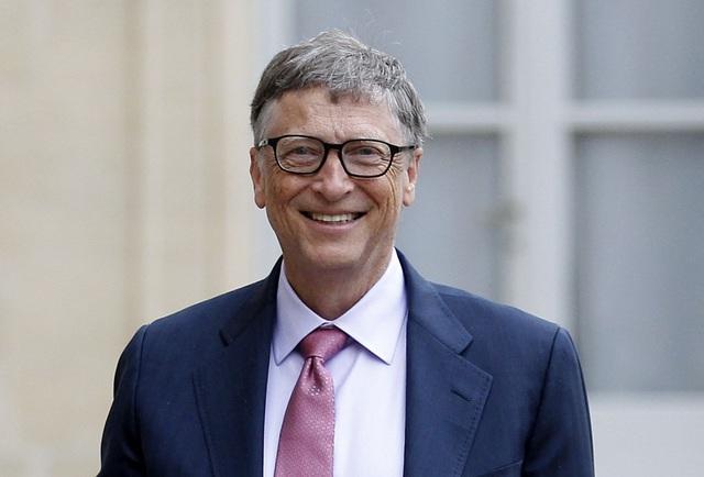 Tỷ phú giàu nhất thế giới Bill Gates khẳng định ông nghèo hơn một người bán báo da màu: Anh ấy không đợi tới khi giàu có mới giúp đỡ người khác! - Ảnh 1.