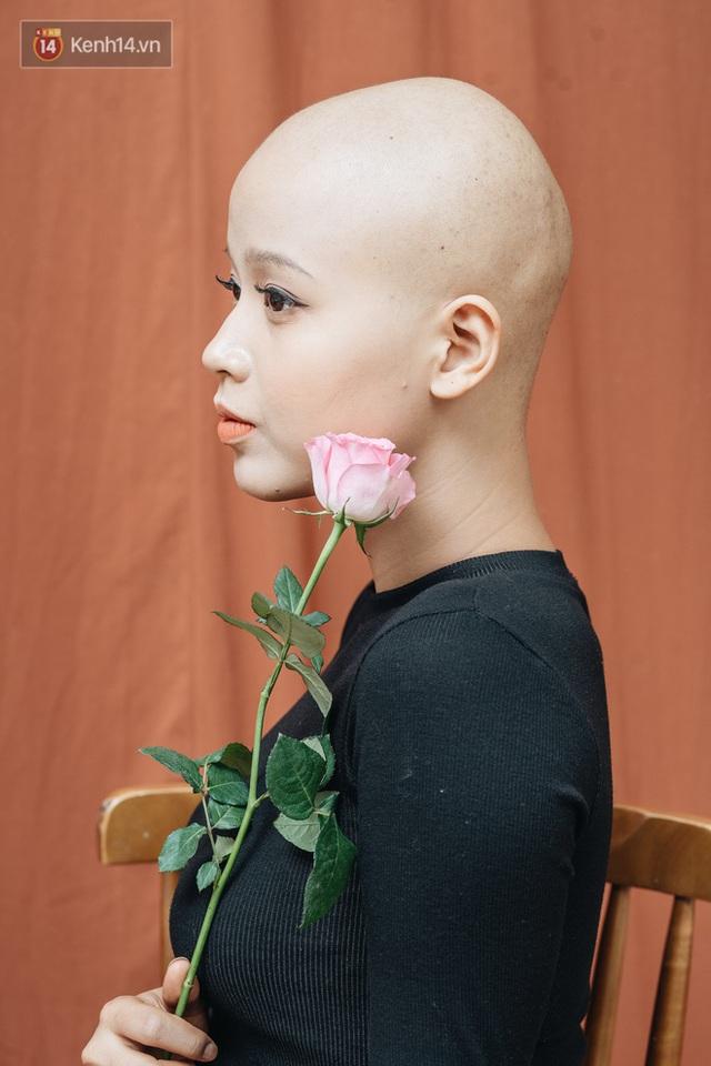 Nữ sinh Ngoại thương mắc ung thư được Thủ tướng Nguyễn Xuân Phúc gửi thư động viên: Bác tin rằng cháu sẽ là người chiến thắng - Ảnh 1.