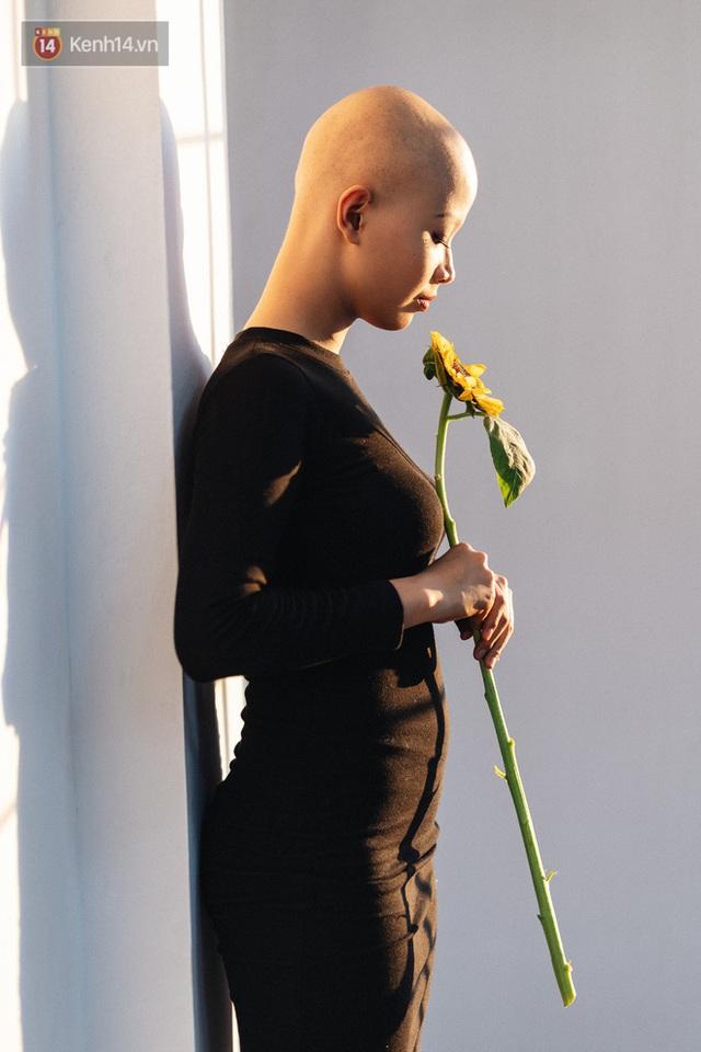 Nữ sinh Ngoại thương mắc ung thư được Thủ tướng Nguyễn Xuân Phúc gửi thư động viên: Bác tin rằng cháu sẽ là người chiến thắng - Ảnh 2.