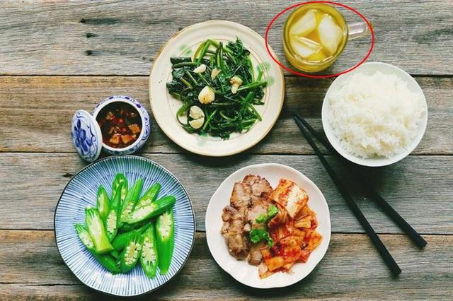 7 thói xấu trong bữa ăn khiến con người chết sớm hơn, điều số 2 các gia đình Việt biết hại nhưng không bỏ được - Ảnh 5.