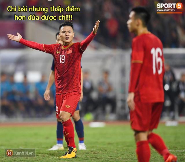 Loạt ảnh chế màn tranh chấp căng thẳng giữa các cầu thủ Việt Nam và Thái Lan: Lẩu gì mà cay cay thế xin thưa rằng lẩu Thái - Ảnh 4.