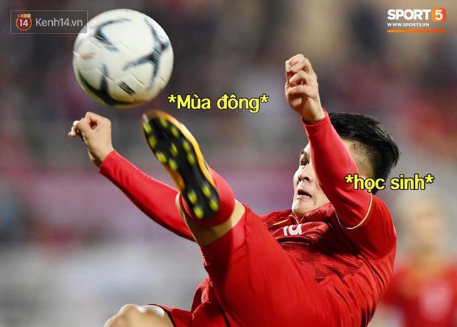 Loạt ảnh chế màn tranh chấp căng thẳng giữa các cầu thủ Việt Nam và Thái Lan: Lẩu gì mà cay cay thế xin thưa rằng lẩu Thái - Ảnh 6.