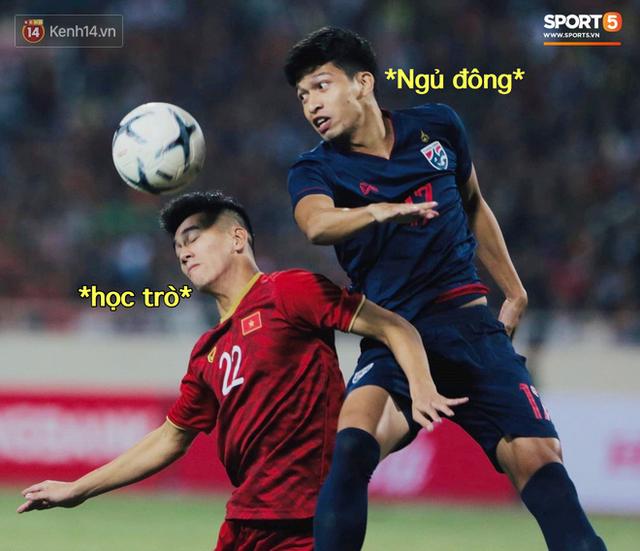 Loạt ảnh chế màn tranh chấp căng thẳng giữa các cầu thủ Việt Nam và Thái Lan: Lẩu gì mà cay cay thế xin thưa rằng lẩu Thái - Ảnh 7.