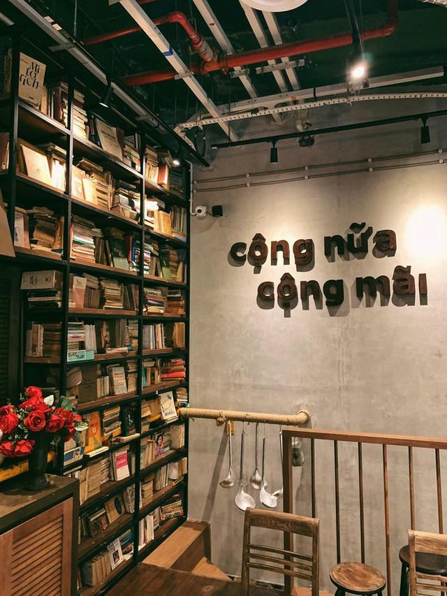"""cộng cà phê - photo 1 1572704166480794474557 - Cộng Cà phê tiếp tục """"xuất ngoại"""": chi nhánh đầu tiên tại Malaysia vừa khai trương khách đã đến đông nghịt"""