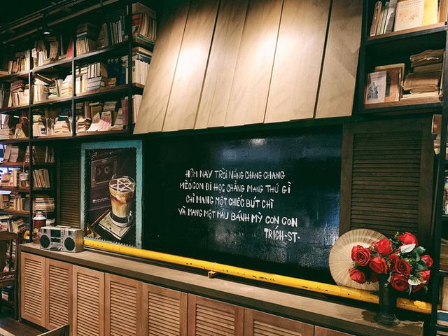 """cộng cà phê - photo 2 15727041664821843522228 - Cộng Cà phê tiếp tục """"xuất ngoại"""": chi nhánh đầu tiên tại Malaysia vừa khai trương khách đã đến đông nghịt"""