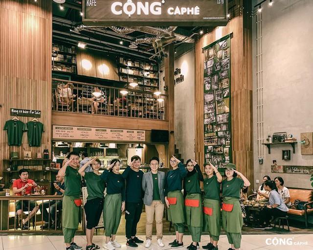 """cộng cà phê - photo 4 15727041664841829063099 - Cộng Cà phê tiếp tục """"xuất ngoại"""": chi nhánh đầu tiên tại Malaysia vừa khai trương khách đã đến đông nghịt"""