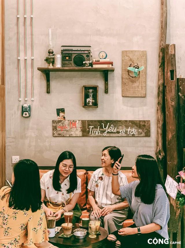 """cộng cà phê - photo 6 15727041664872050637085 - Cộng Cà phê tiếp tục """"xuất ngoại"""": chi nhánh đầu tiên tại Malaysia vừa khai trương khách đã đến đông nghịt"""