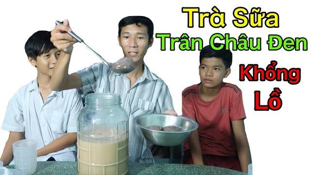 """Vlogger sở hữu kênh YouTube gần 3 triệu subs """"chất lượng nhất Việt Nam"""" hóa ra cũng hay làm nhiều video ăn uống """"lạ đời"""" thế này! - Ảnh 18."""