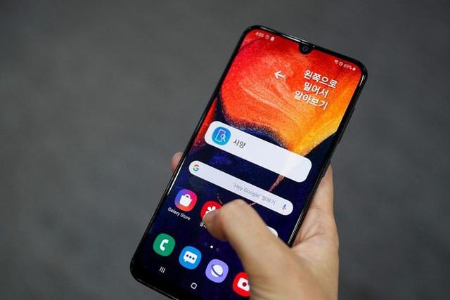 Thuê công ty ODM Trung Quốc để sản xuất smartphone giá rẻ - chiến lược con dao 2 lưỡi của Samsung - Ảnh 3.
