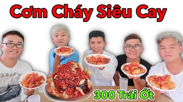 """Vlogger sở hữu kênh YouTube gần 3 triệu subs """"chất lượng nhất Việt Nam"""" hóa ra cũng hay làm nhiều video ăn uống """"lạ đời"""" thế này! - Ảnh 7."""