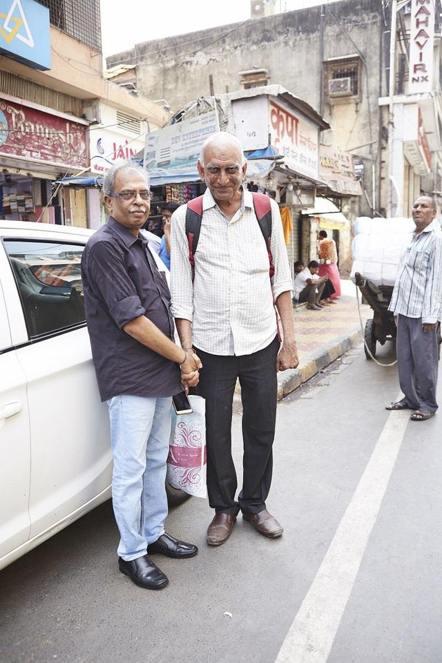 Vì sao đàn ông Ấn Độ thường nắm tay nhau mỗi khi ra đường? - Ảnh 11.