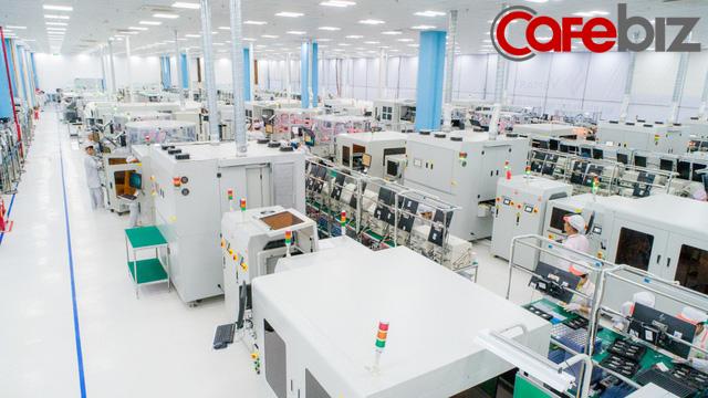 [Inside Factory] Cận cảnh dây chuyền sản xuất bên trong Tổ hợp nhà máy Vsmart, trung tâm sản xuất các thiết bị công nghệ hiện đại hàng đầu của Vingroup - Ảnh 3.