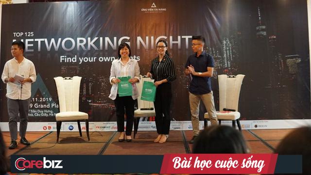 """Chuyên gia Coca Cola, J&T Express Việt Nam: Sinh viên mới ra trường nên tập trung vào sự nghiệp, thế giới đang nói đến """"cuộc sống đan xen"""" chứ không phải """"cuộc sống cân bằng"""" nữa - Ảnh 1."""