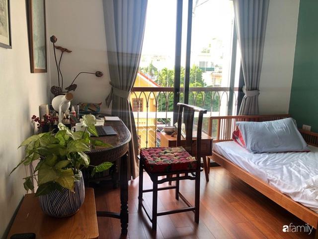 Cuối tuần đến thăm ngôi nhà đẹp tựa bài thơ với vẻ hoài niệm quá khứ của chủ nhân yêu thích trang trí nội thất ở Hà Nội - Ảnh 23.